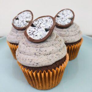Oreo Egg Cupcakes